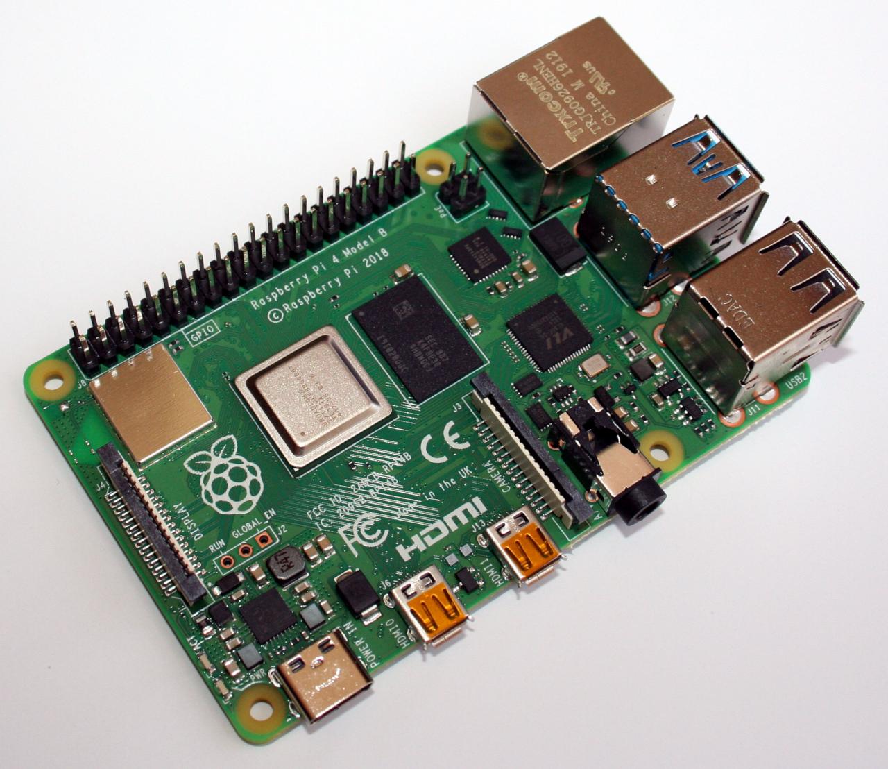 Raspberry Pi 4 mit Raspbian Buster | kofler info